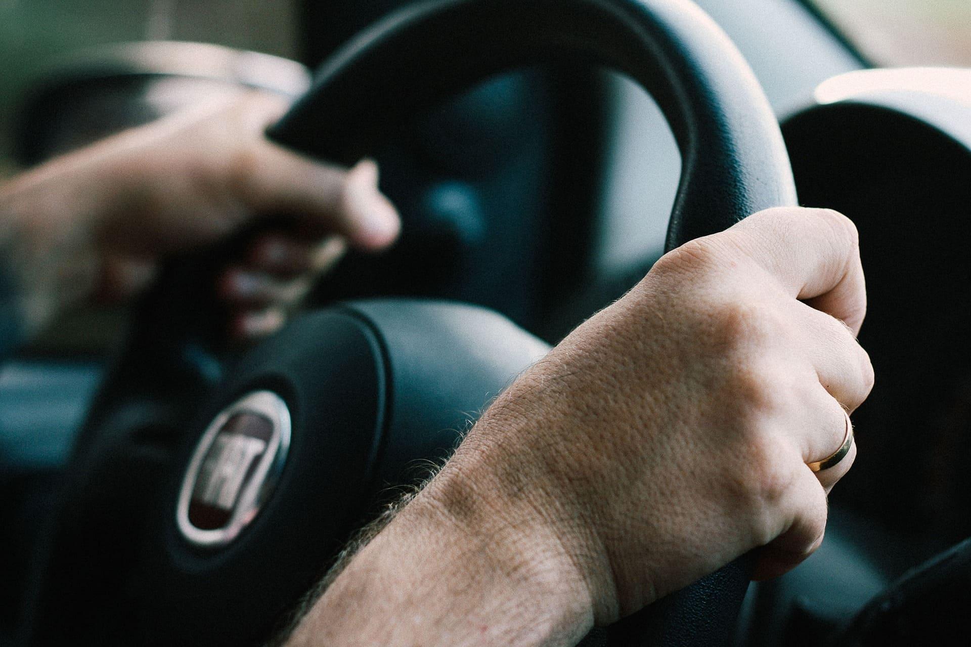 Un volante inteligente para evitar la fatiga