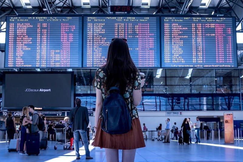 Los jóvenes viajan de forma diferente a sus padres