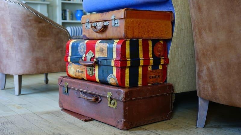 ¿Debería llevar maleta o solo equipaje de mano?
