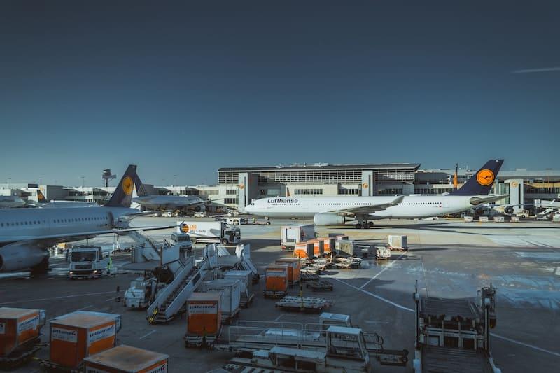 Viajar a aeropuertos alternativos