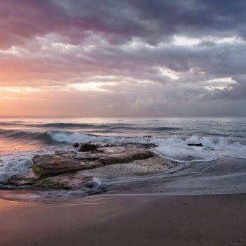 ¿Estarías dispuesto a pagar por ir a una playa?
