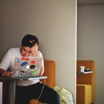 Como alejar el estrés de tu lugar de trabajo