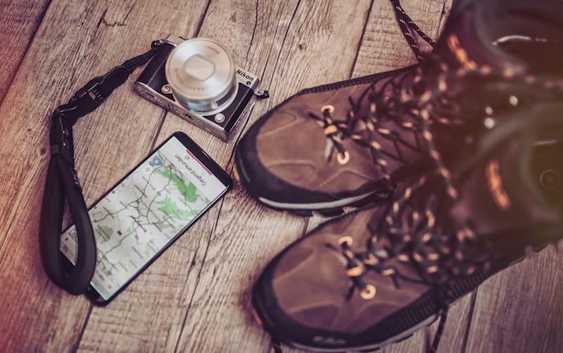 botas y cámara