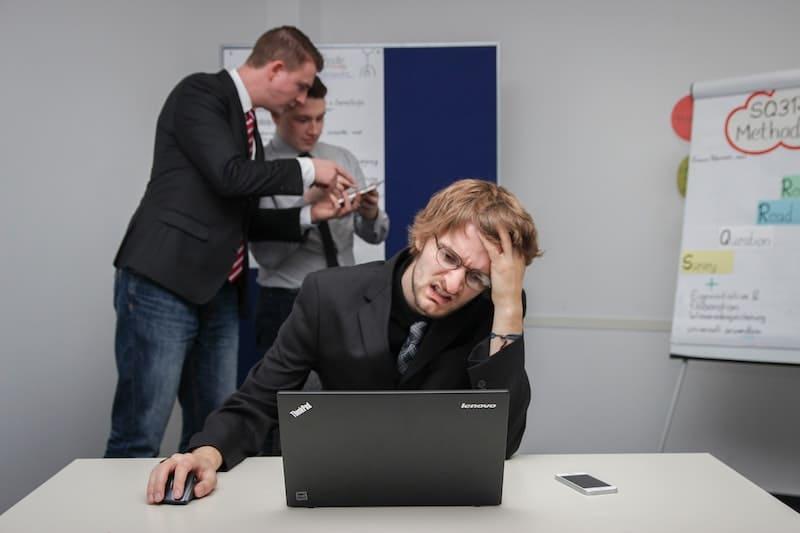 Tu móvil hace que tus dolores de cabeza sean más resistentes