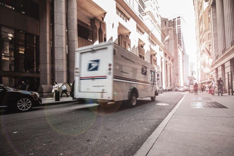 furgoneta de envíos