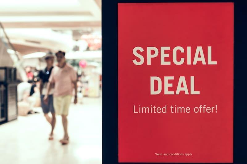 Los trucos de marketing en los que siempre caemos al comprar