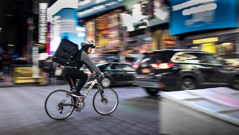 Repartidor en bici