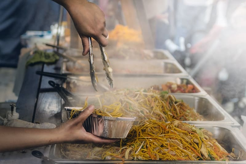 Los 5 tips para no arruinarte pidiendo comida a domicilio
